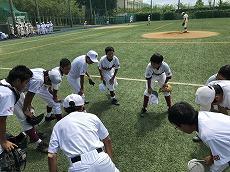 中学軟式野球部の練習風景