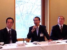 3月25日理事会にて-1.jpg