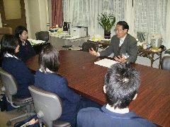 H1F留学校長面接2006120402.jpg