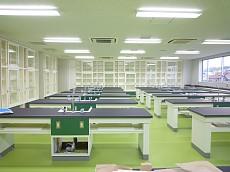 H22.3.2 理科教室 088-1.jpg