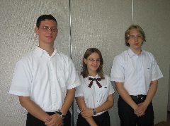 20060901_0305留学生3人.jpg