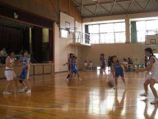 0907jhbasket1.jpg